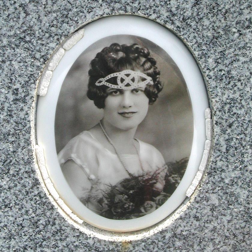 Carmela (Minnie) Basile Hanneman